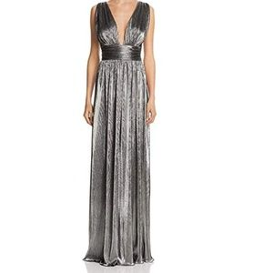 Evening Laundry Shelli Segal Silver Plunge Dress